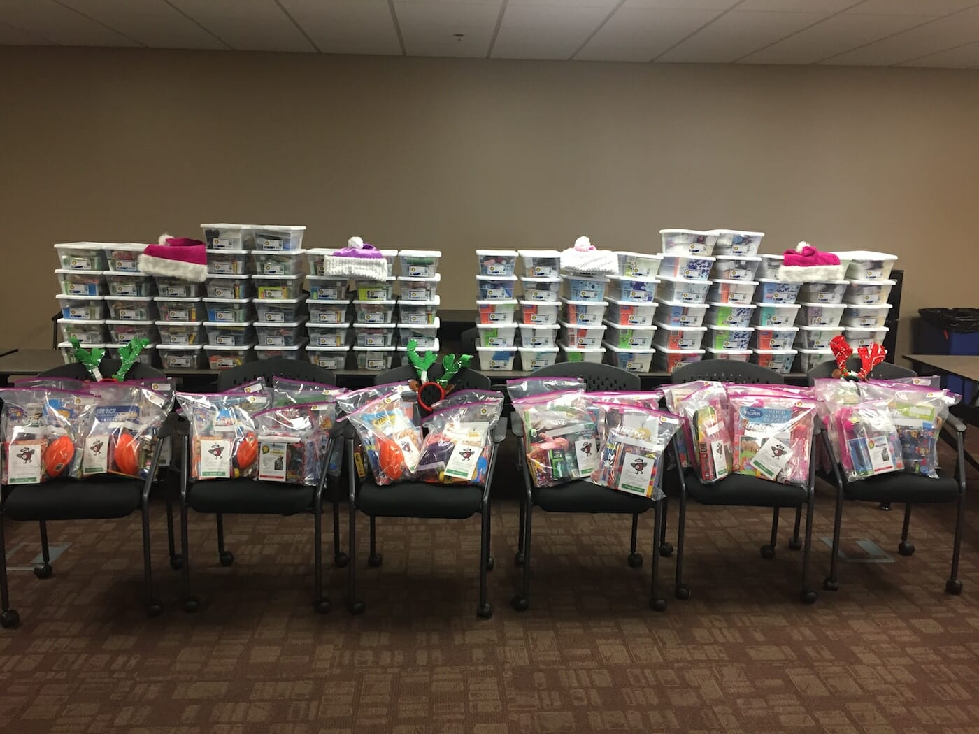 Caliente Angels Help Operation Christmas Smile Bring in the Holidays